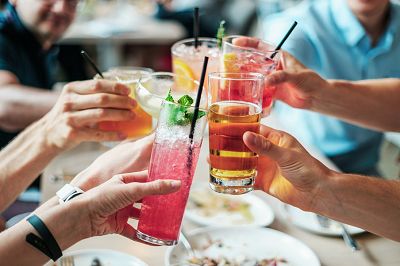 The #SOBERCURIOUS Movement: Are You Ready to Give Drinking A Break?